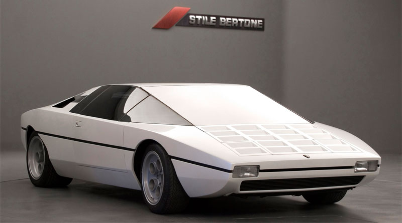 Na crise da década de 70, surge o Lamborghini Bravo